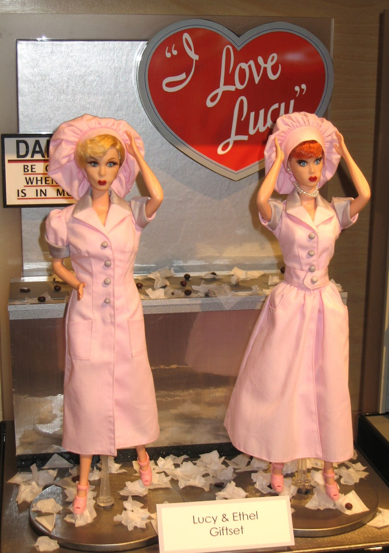 Mattel Lucy & Ethel in the Chocolate Factory